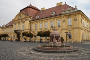 Szekesfehervar_Orb_and_Episcopal_Palace